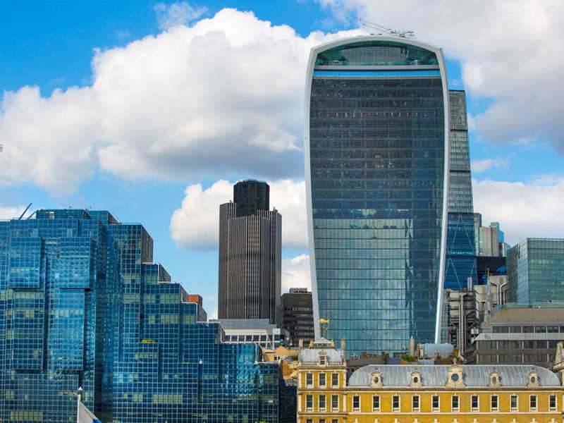 CEO, CFO of Lloyd's of London underwriter to step down