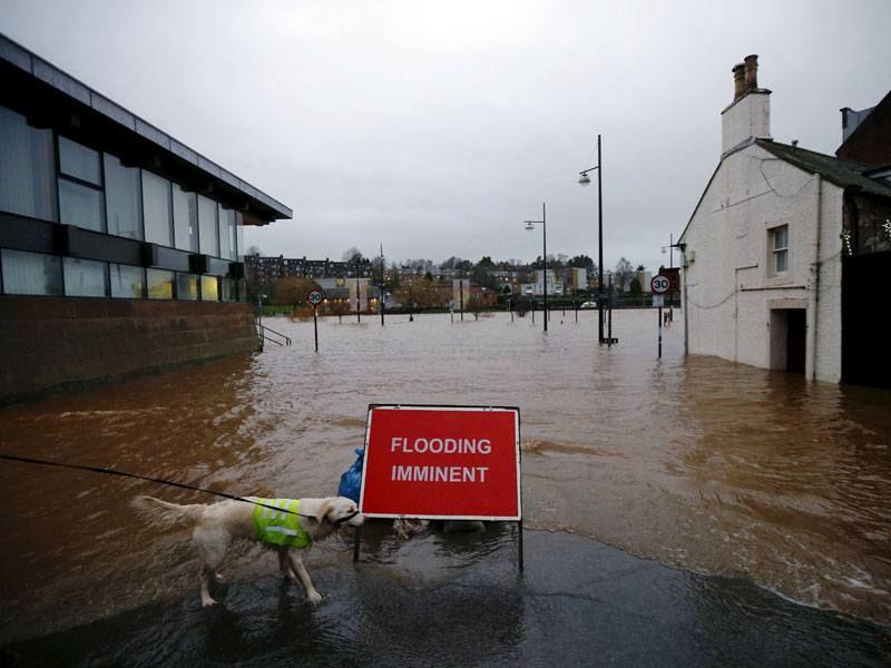 Insurers expected to withstand December floods in U.K.