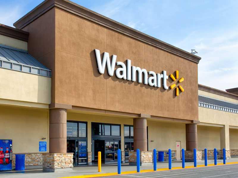Jury orders Wal-Mart to pay pharmacist $31.22 million in gender bias case