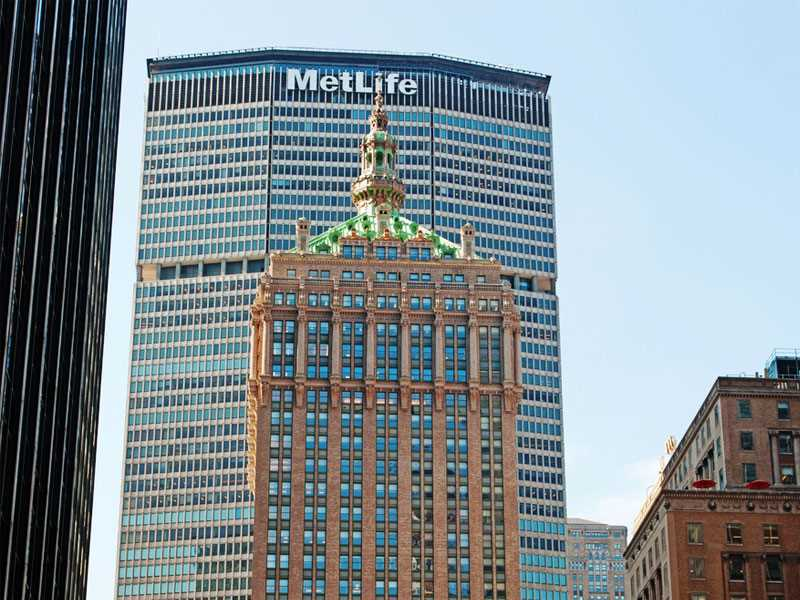 MetLife challenges U.S. 'too big to fail' designation in court