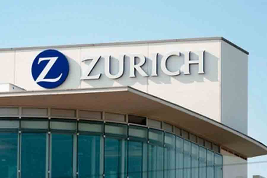 New Zurich CEO starts overhaul by combining businesses