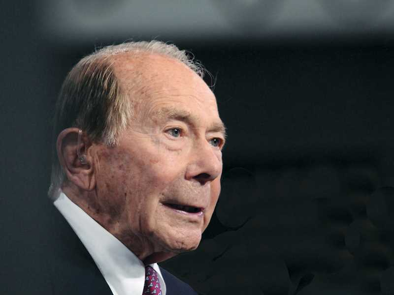 AIG bailout case to continue as Greenberg seeks damages