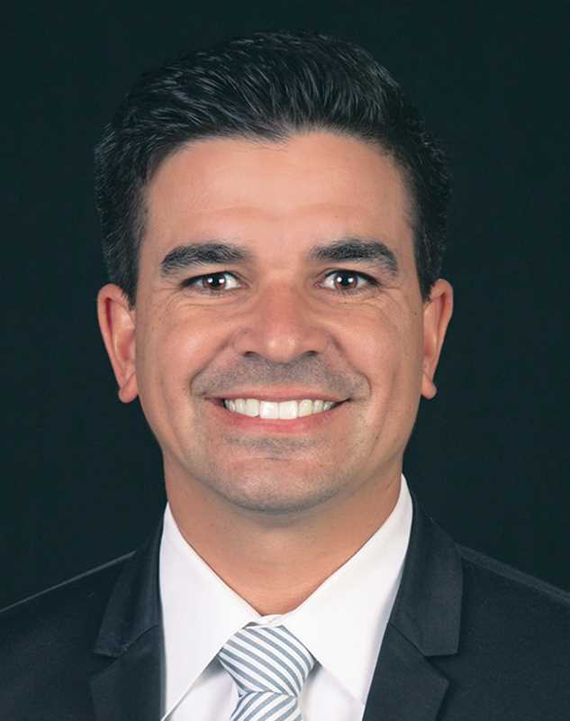 2015 40 Under 40 Broker Awards: Scott Villamor