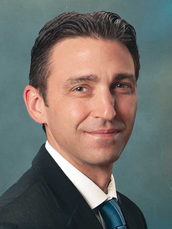 2015 40 Under 40 Broker Awards: Casey Petersen