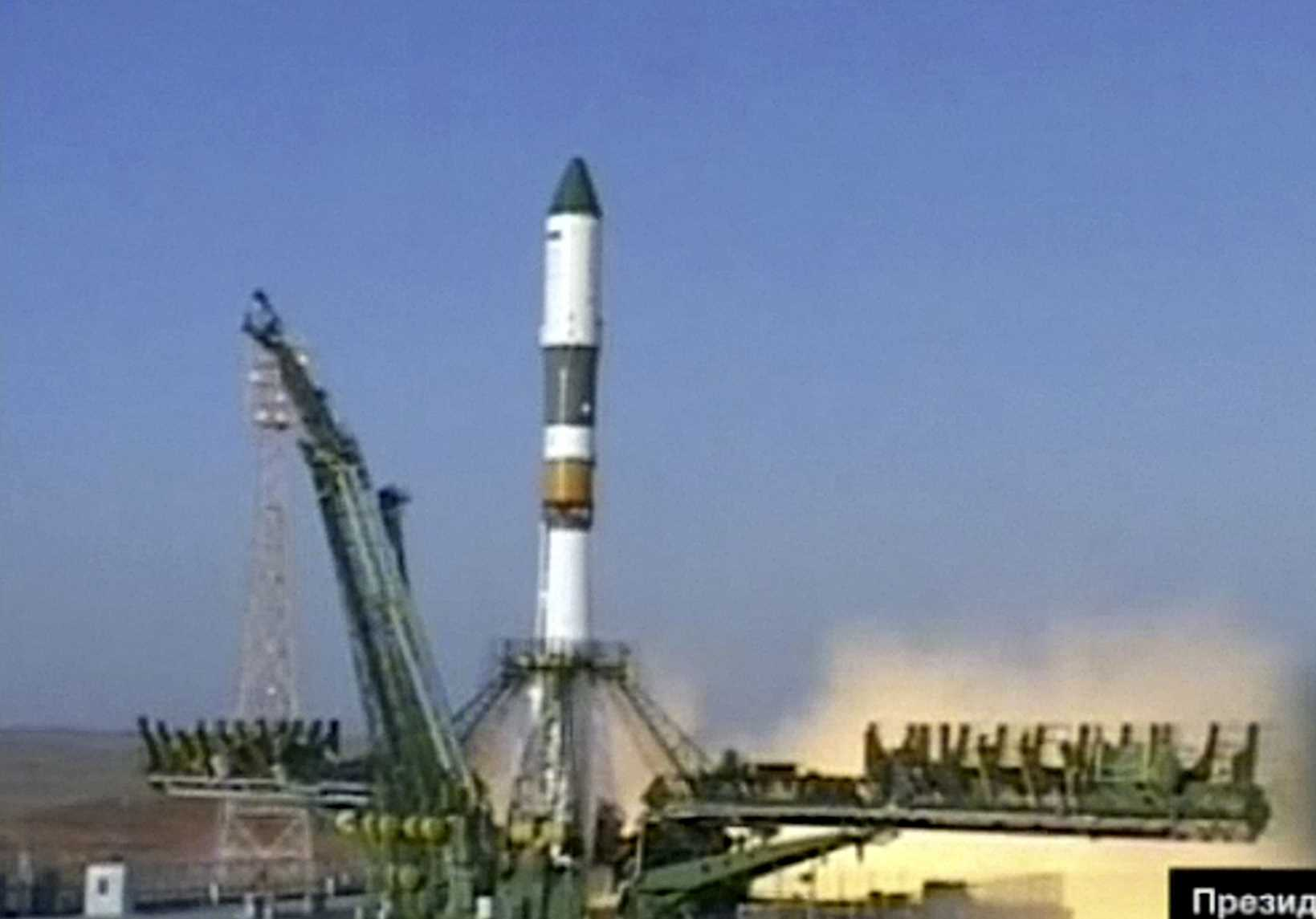 Russian spacecraft lost to apparent engine failure uninsured
