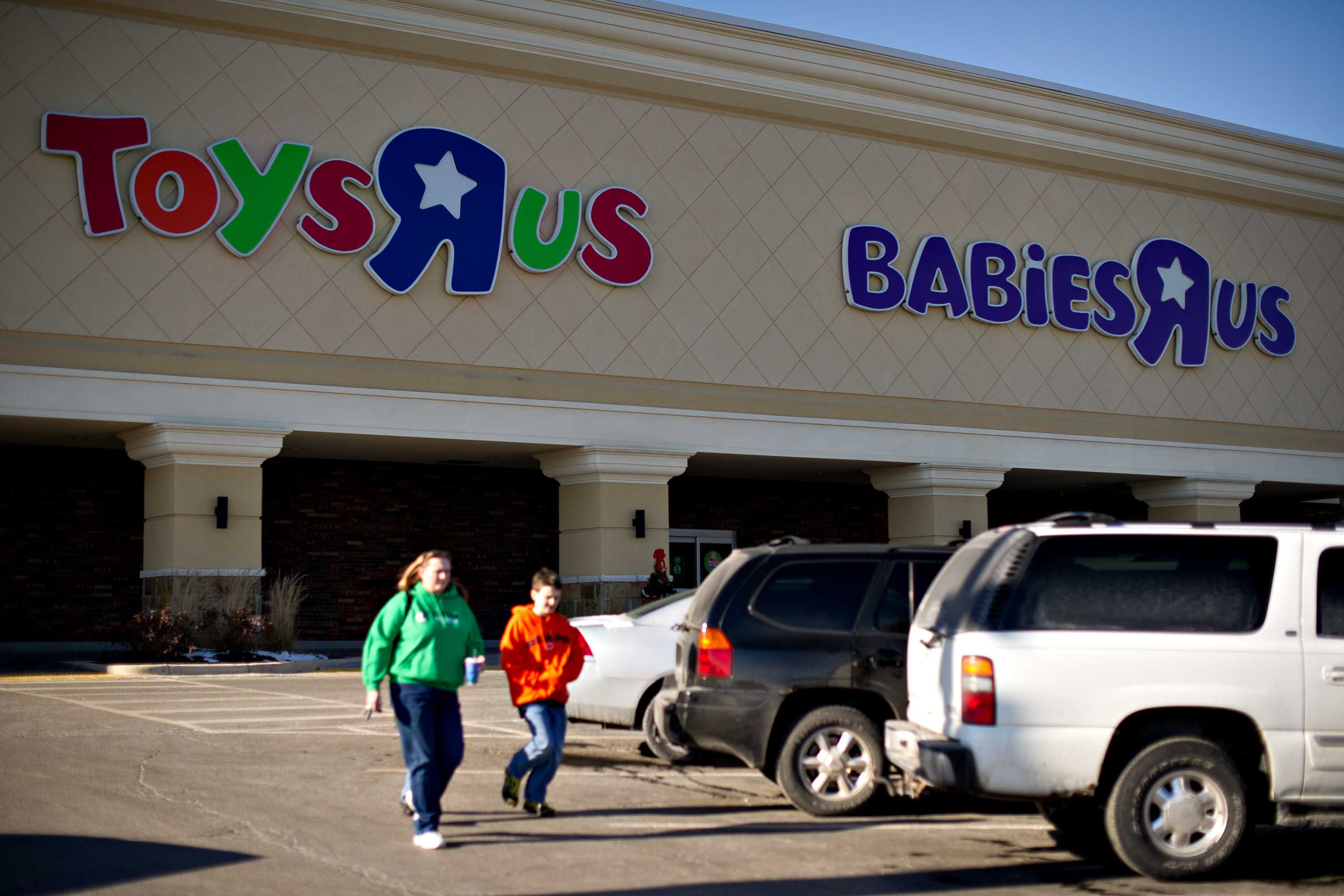 Toys R Us charged with discriminating against deaf job applicant
