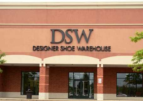 DSW to pay $900K to settle case of age bias in layoffs