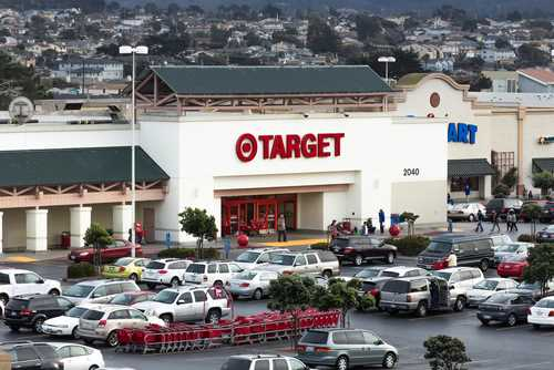 Target data breach prompts insurers to scale back cyber coverage for retailers