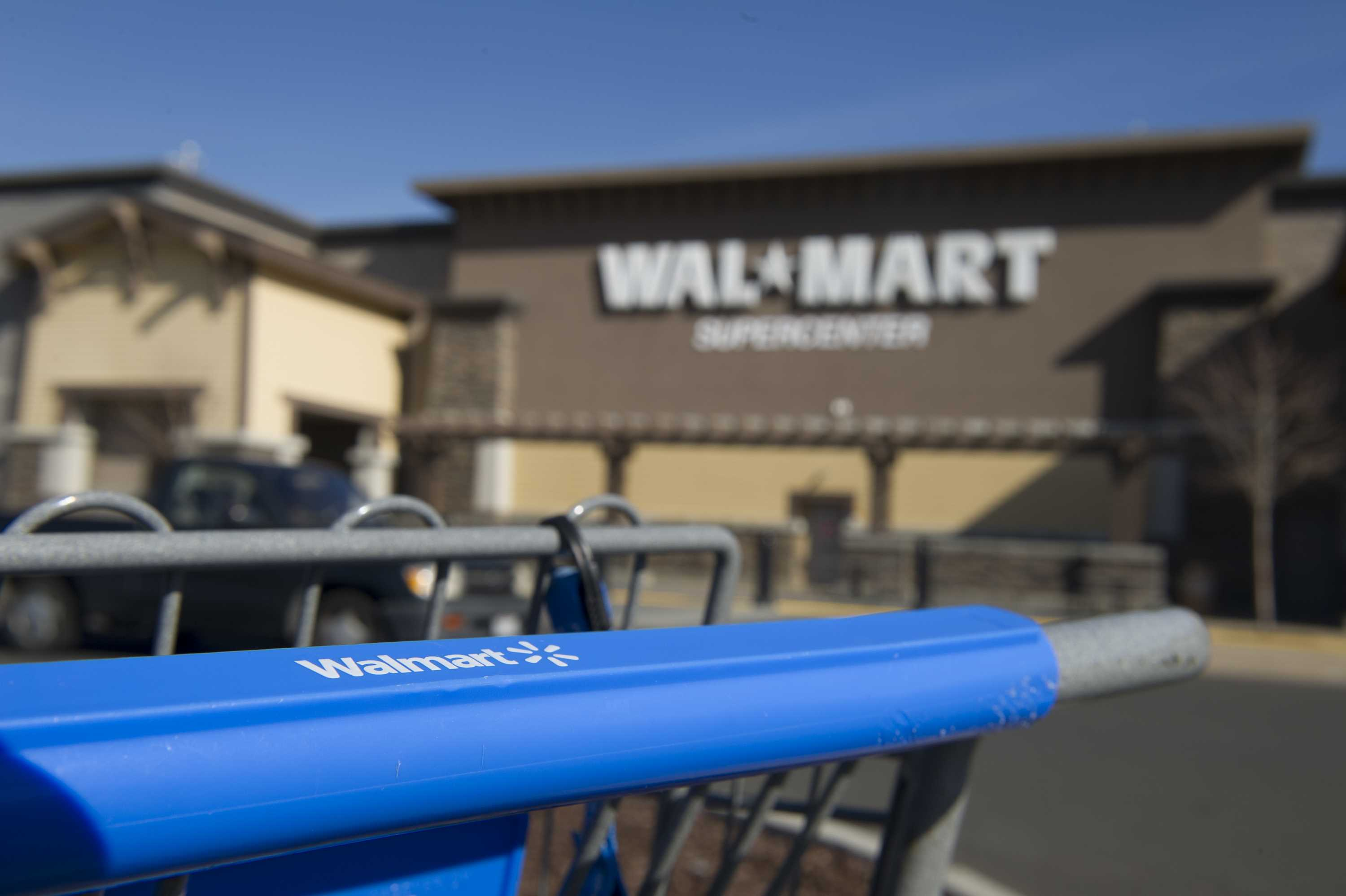 Wal-Mart, claims manager settle workers comp class action in Colorado