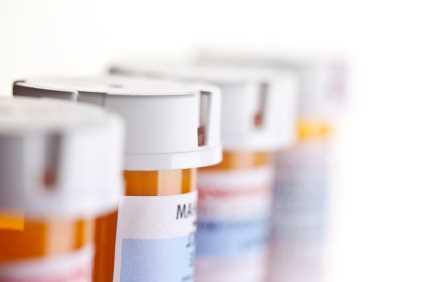 FDA seeks tighter control of prescription opioid combination drugs