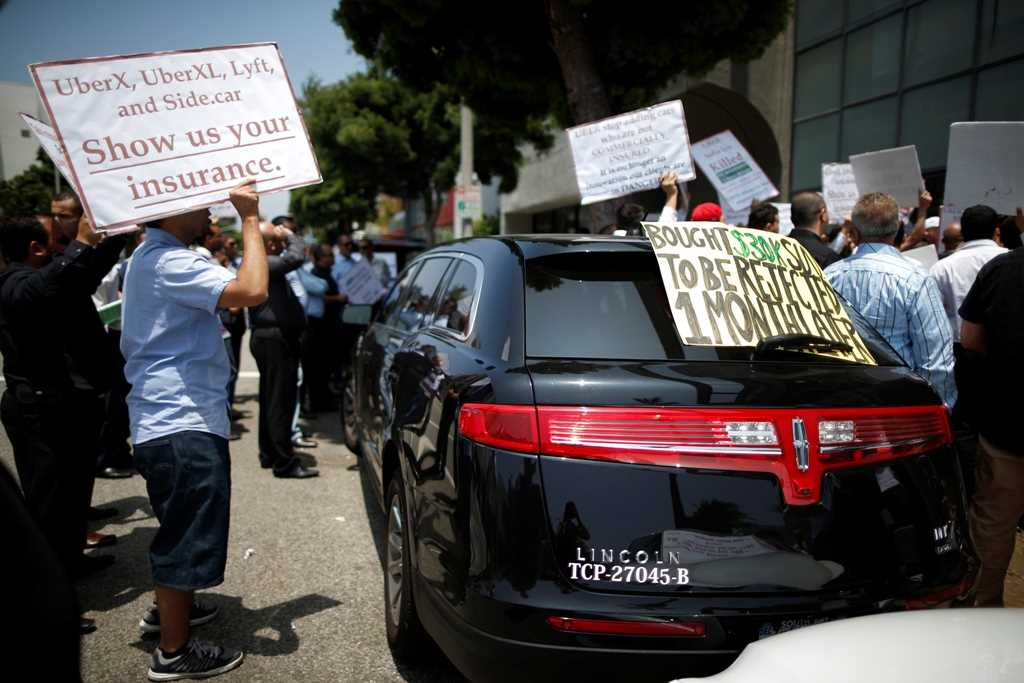 Are Uber drivers employees or independent contractors?