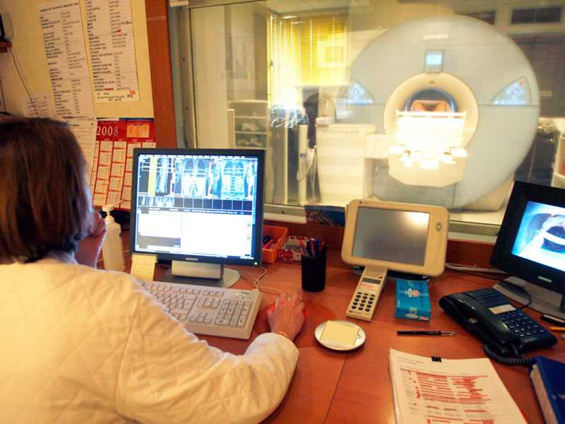 Income, ownership affect injured-worker MRI rates