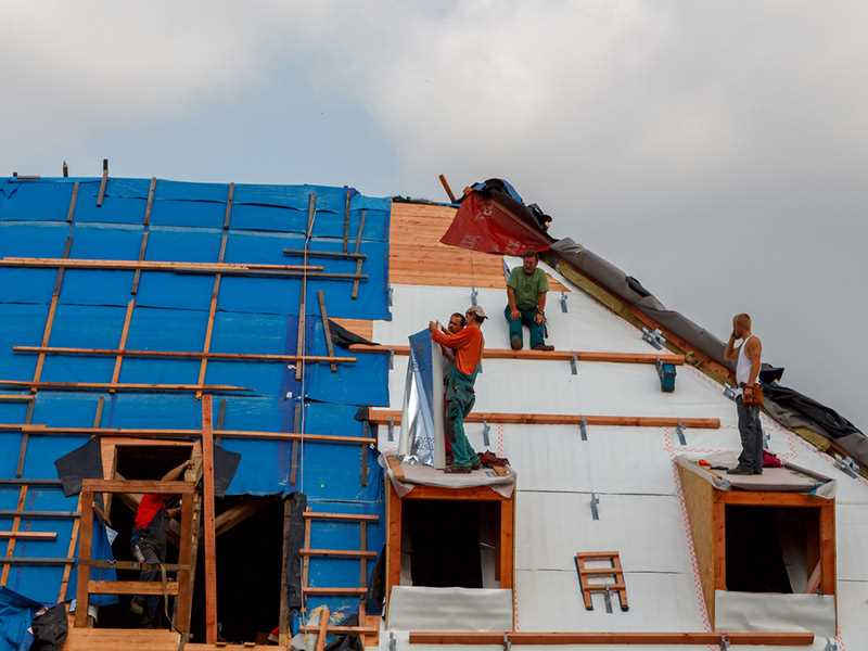 Roofing contractor fined for not providing fall protection