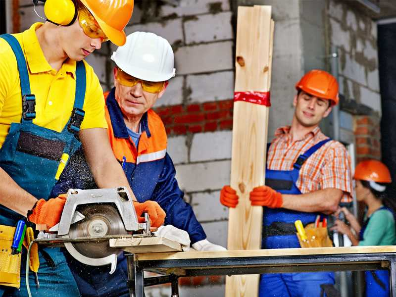 Program encourages workplace safety for older workers