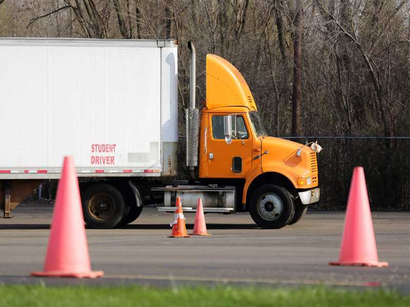 Safety-related training proposed for truck, bus, motor coach drivers