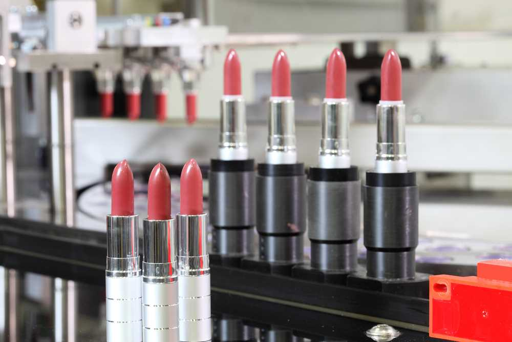 Cosmetics maker cited over worker's amputated fingertip