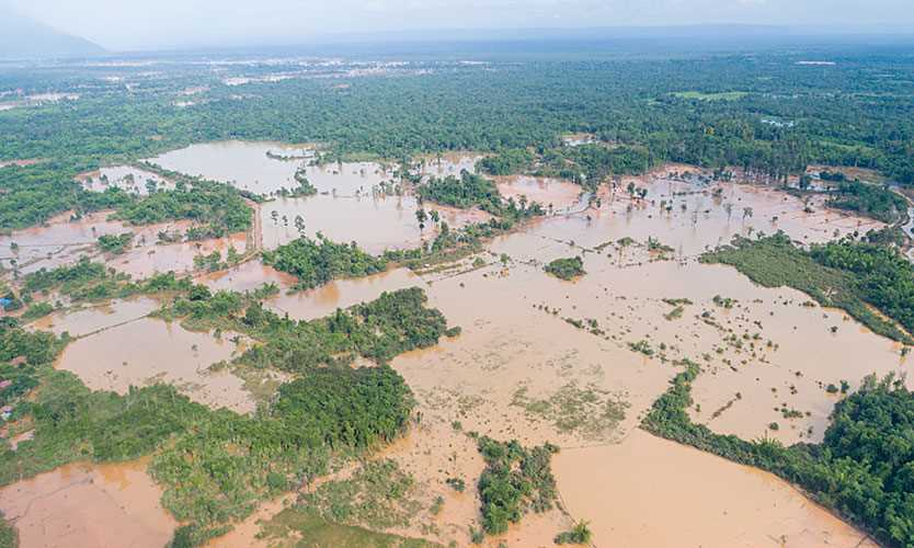 Dam collapse in Laos