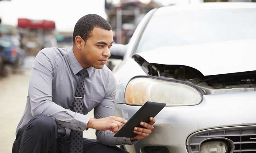 Most commercial insurance rates slip, but auto cover costs rise