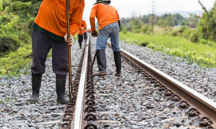 Springfield Terminal Railway ordered to pay employee subjected to investigative hearing after injury OSHA