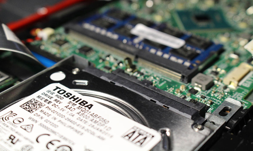 Power outage-related production halt costs Toshiba $325 million